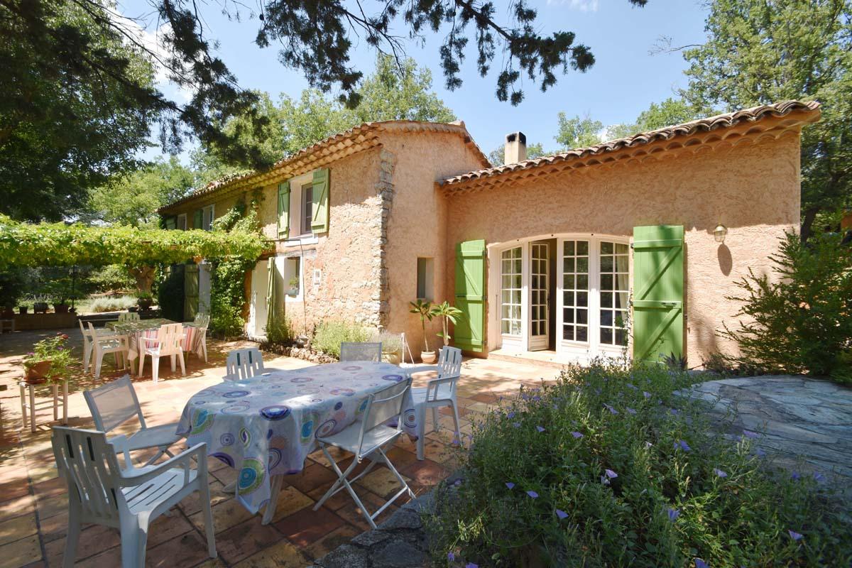 Vakantiehuis in Lorgues met zwembad, in Provence-Cote d'Azur.