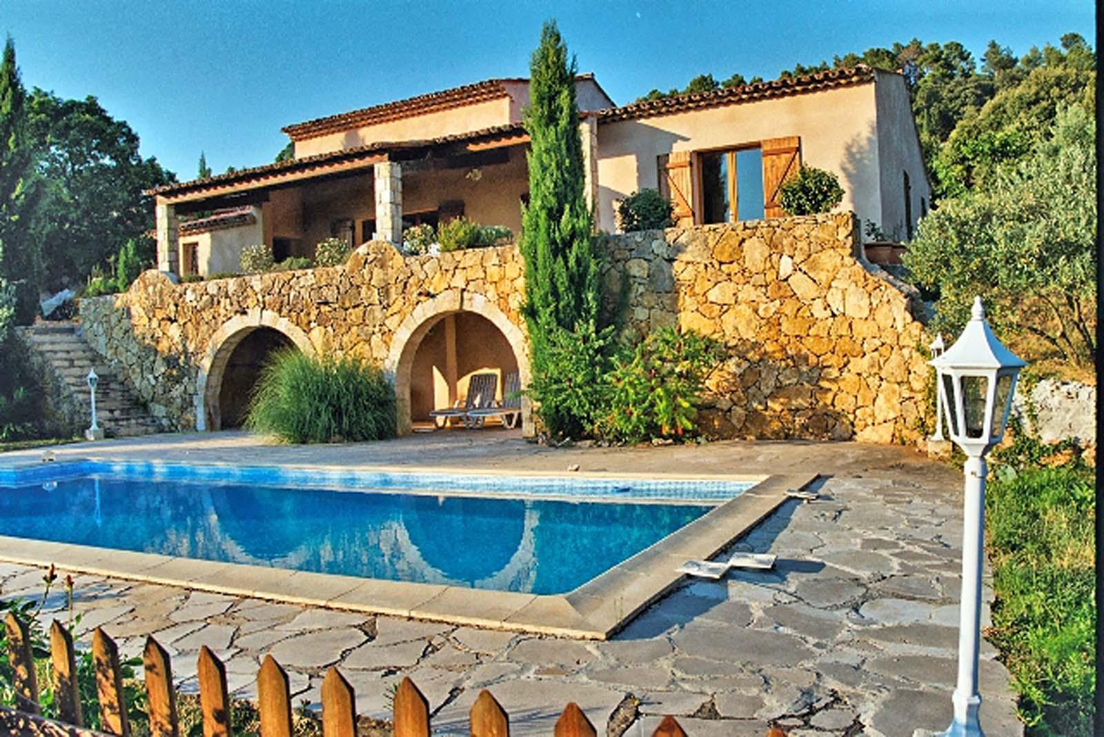 Vakantiehuis in Aups met zwembad, in Provence-Cote d'Azur.