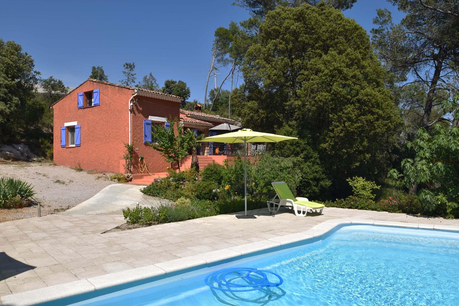 Vakantiehuis met zwembad in Provence-Côte d'Azur in Sillans-la-Cascade (Frankrijk)