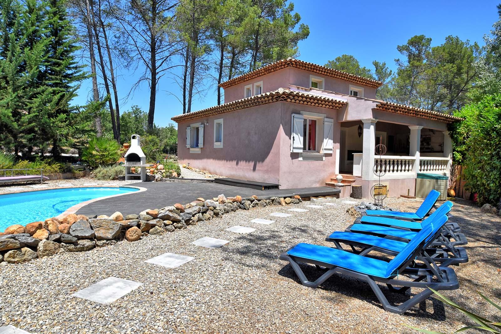 Vakantiehuis in Les Arcs-sur-Argens met zwembad, in Provence-Cote d'Azur.