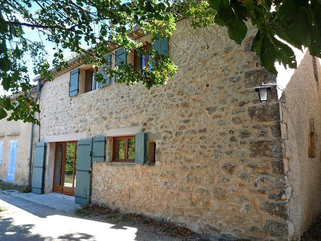 Vakantiehuis in Saint-Jean-de-Sault, in Provence-Cote d'Azur.