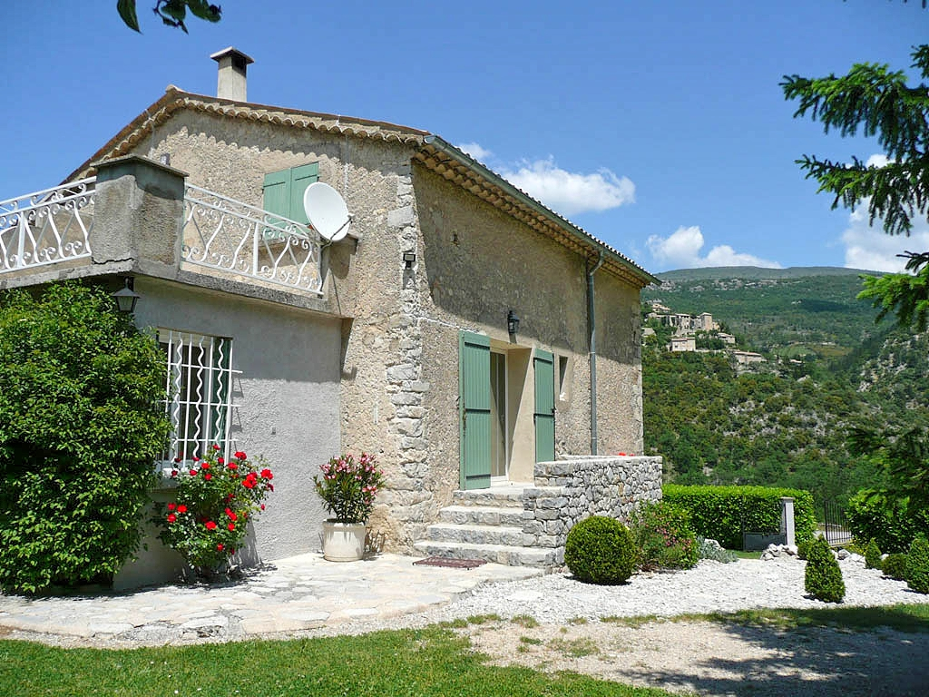 Vakantiehuis in Brantes, in Provence-Cote d'Azur.