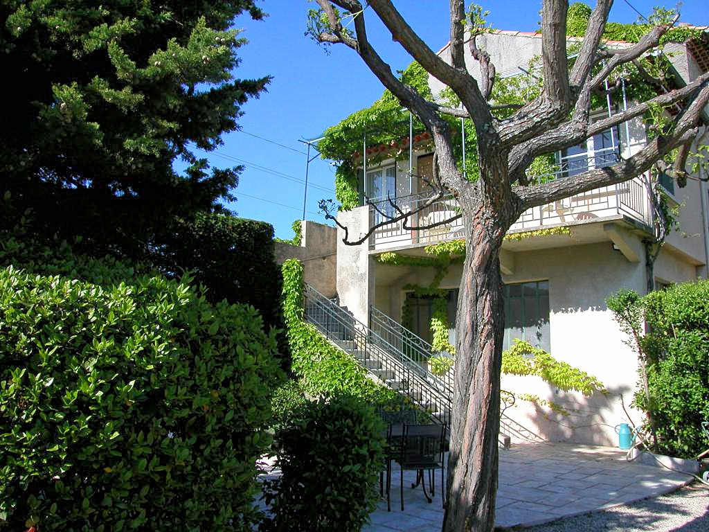 Vakantiehuis in Crillon-le-Brave met zwembad, in Provence-Cote d'Azur.