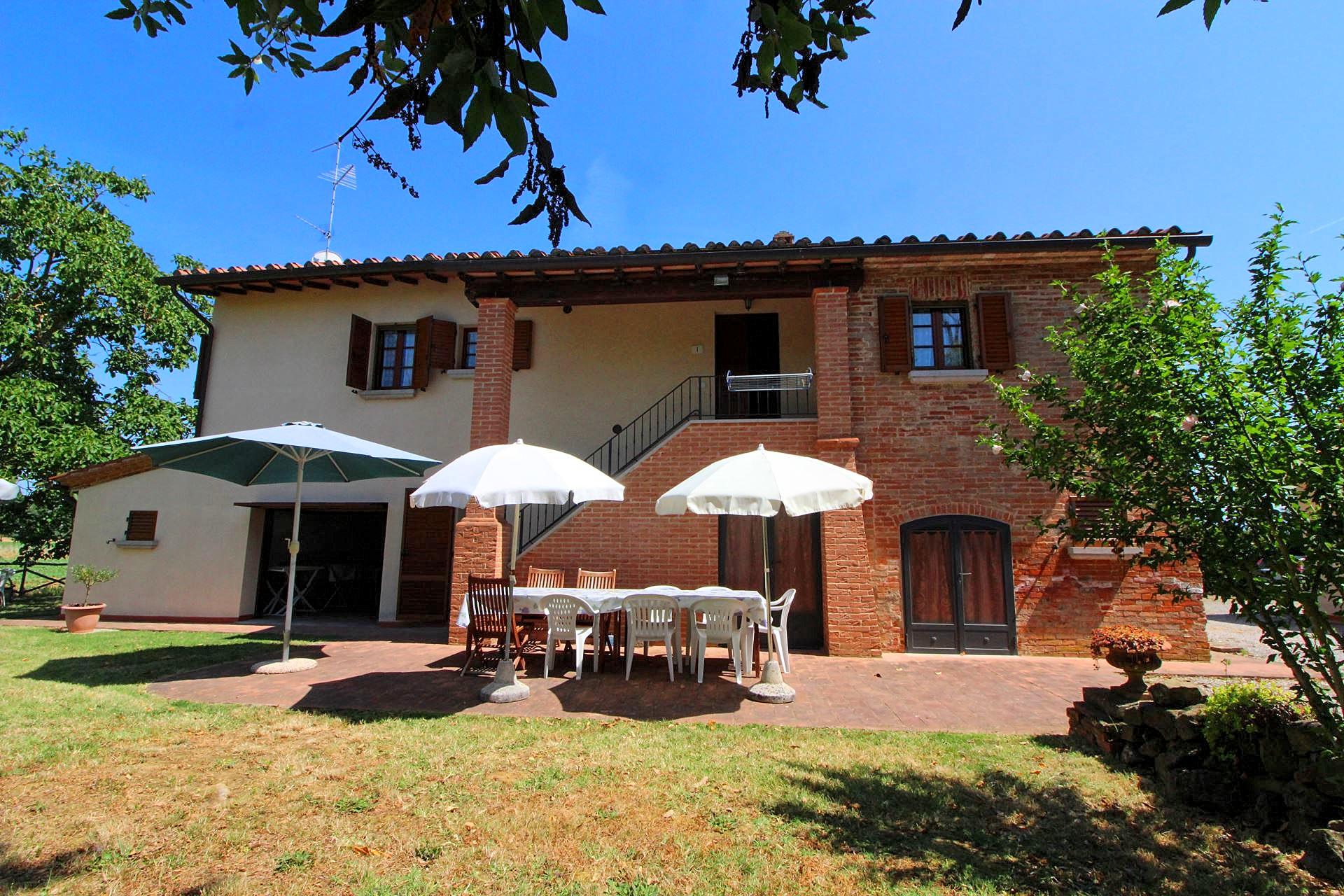 Vakantiehuis in Foiano della Chiana met zwembad, in Toscane.