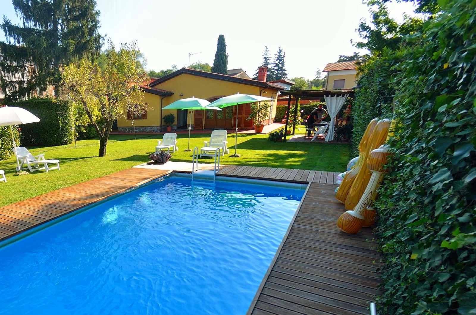 Vakantiehuis in San Colombano met zwembad, in Toscane.