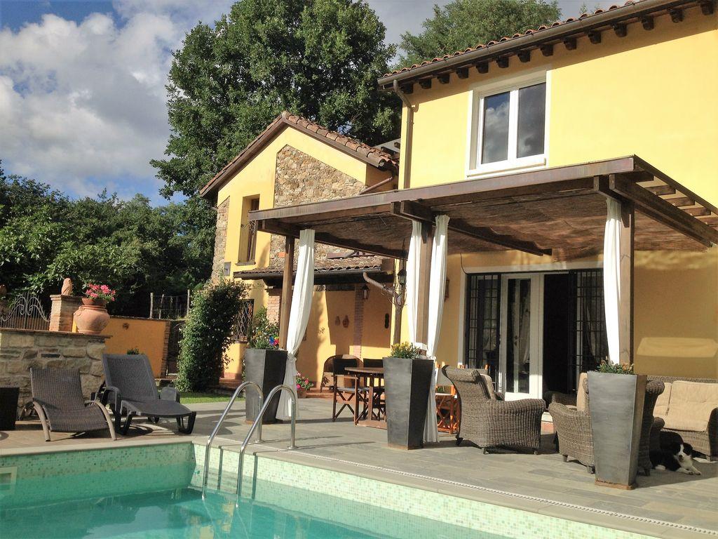 Vakantiehuis met zwembad in Toscane in Tresana (Italië)