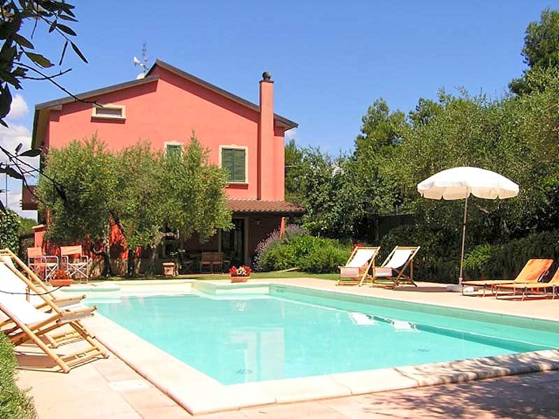 Vakantiehuis in Vaiano met zwembad, in Umbrie.