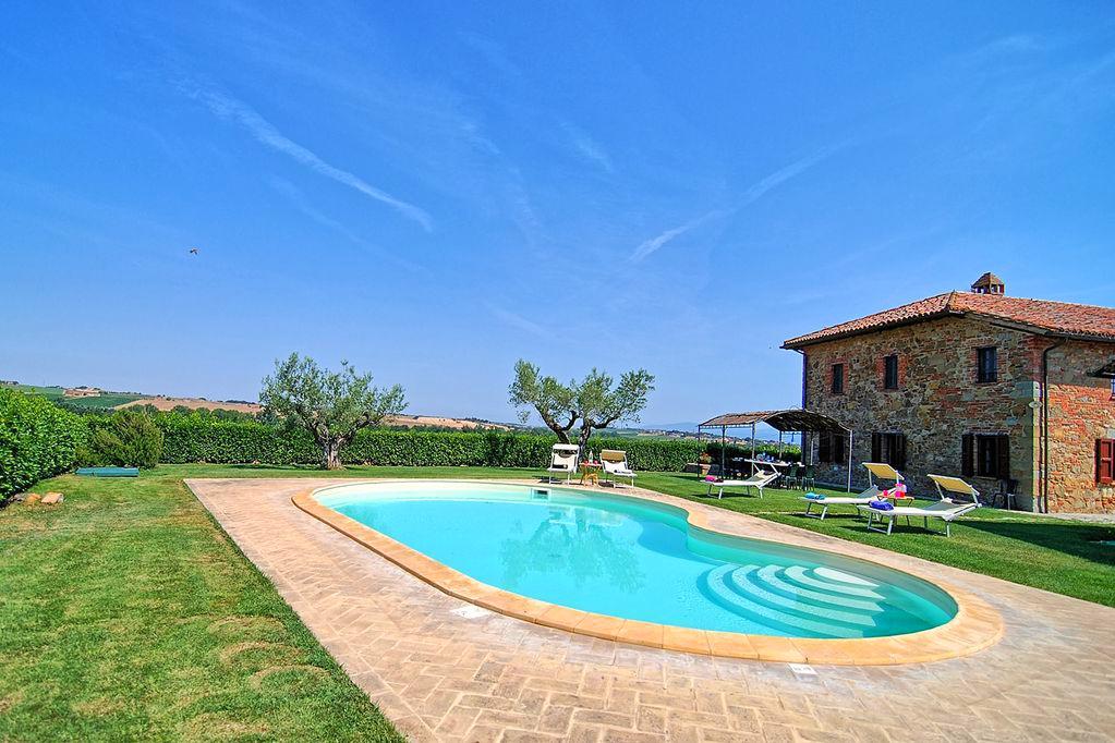 Vakantiehuis in Paciano met zwembad, in Umbrie.