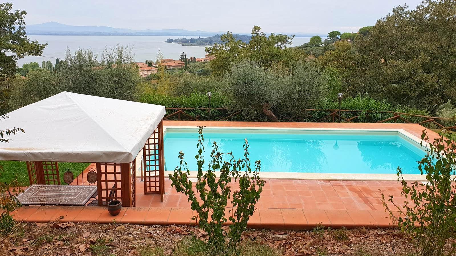 Vakantiehuis in San Feliciano met zwembad, in Umbrie.