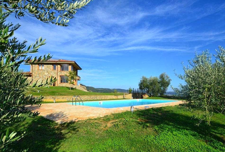 Vakantiehuis in Grotte di Castro met zwembad, in Lazio.